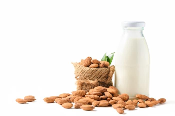 Badem Sütü Yapma Makinesi Nedir